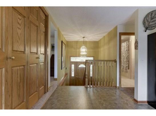 8420 Delaney Court E, Inver Grove Heights, MN - USA (photo 2)