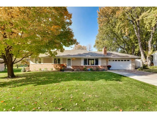 411 Kingsview Lane N, Plymouth, MN - USA (photo 1)