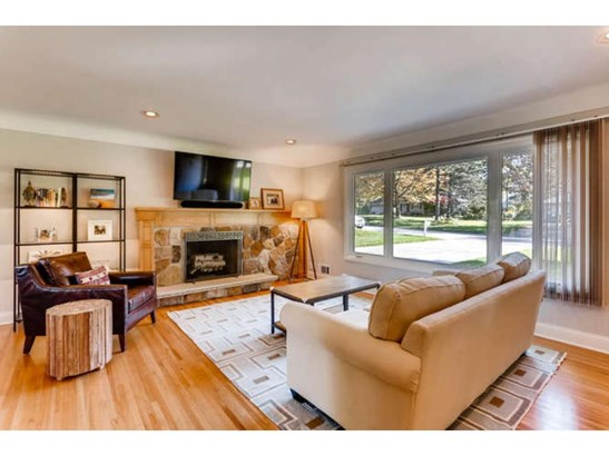 411 Kingsview Lane N, Plymouth, MN - USA (photo 2)