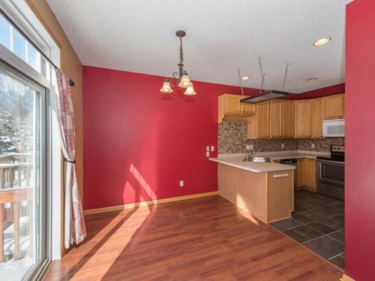 1379 White Oak Drive, Chaska, MN - USA (photo 5)