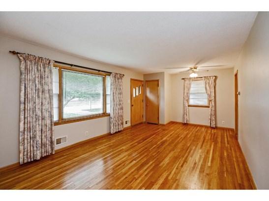 5845 Hampshire Avenue N, Crystal, MN - USA (photo 3)