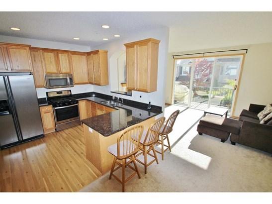 11223 Kinsley Street, Eden Prairie, MN - USA (photo 3)