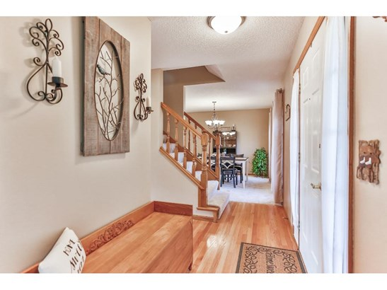 21055 Floral Bay Drive N, Forest Lake, MN - USA (photo 5)