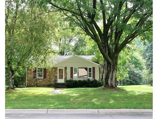 2980 Woodbridge Street, Roseville, MN - USA (photo 1)
