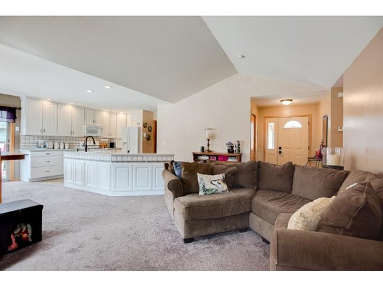 2520 Hackberry Drive, Hastings, MN - USA (photo 5)