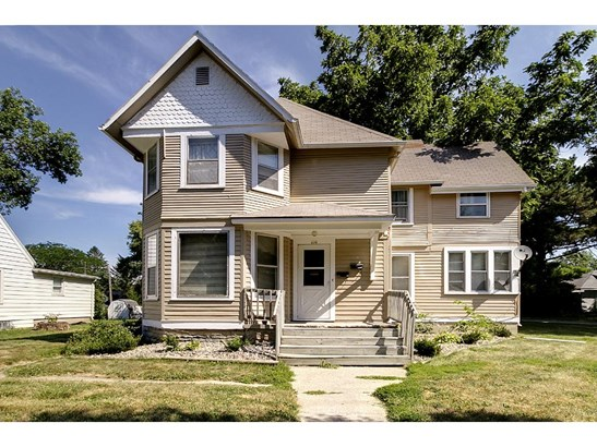 210 E Mckinley Street, Owatonna, MN - USA (photo 1)