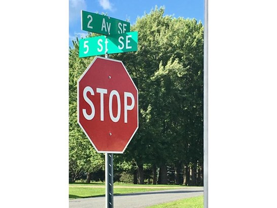 270 5th Street Se, Oronoco, MN - USA (photo 2)