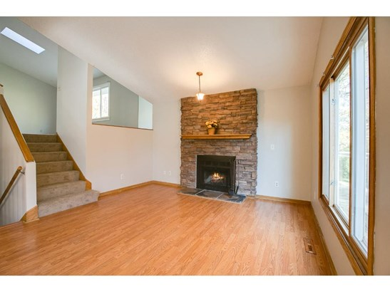 1435 Knoll Drive, Shoreview, MN - USA (photo 3)