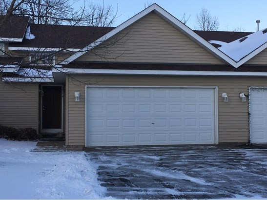 2754 Ridgeview Drive, Red Wing, MN - USA (photo 1)