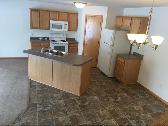 2754 Ridgeview Drive, Red Wing, MN - USA (photo 3)