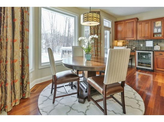 9989 Trails End Road, Chanhassen, MN - USA (photo 5)