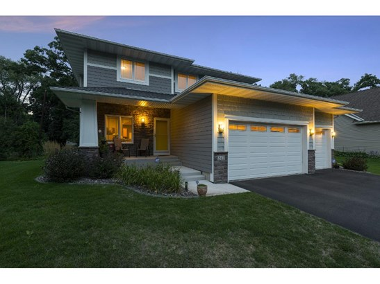 242 Jersey Avenue N, Golden Valley, MN - USA (photo 2)