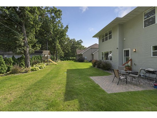 242 Jersey Avenue N, Golden Valley, MN - USA (photo 5)