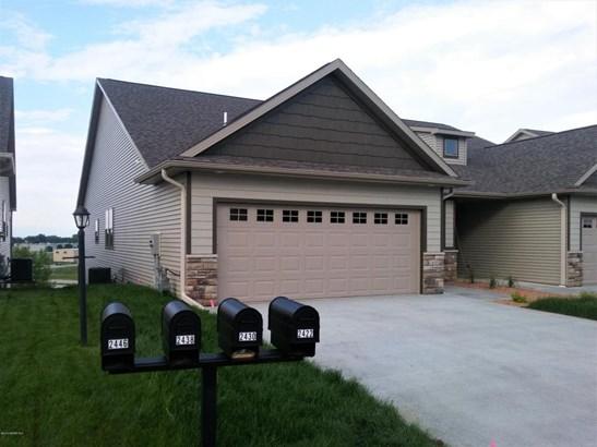 2430 Superior Lane Nw, Rochester, MN - USA (photo 1)
