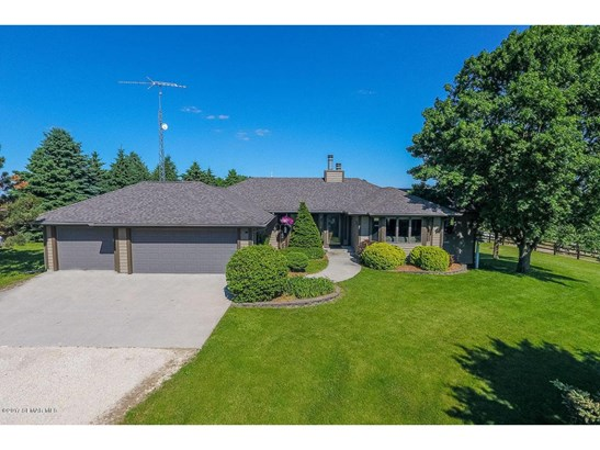 7500 Valleyhigh Road Nw, Byron, MN - USA (photo 1)