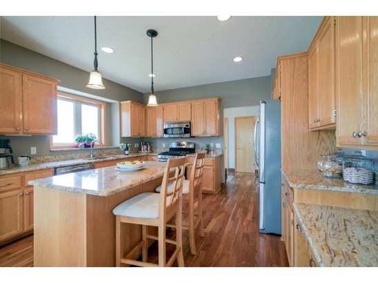 4948 Slater Road, Eagan, MN - USA (photo 4)