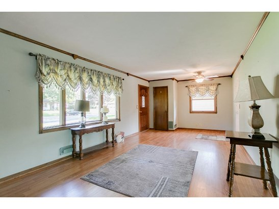 8854 Grenadier Avenue S, Cottage Grove, MN - USA (photo 5)