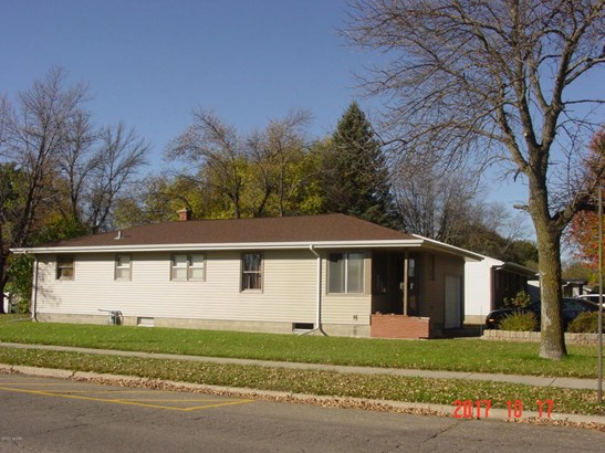 401 Kathryn Avenue, Marshall, MN - USA (photo 1)
