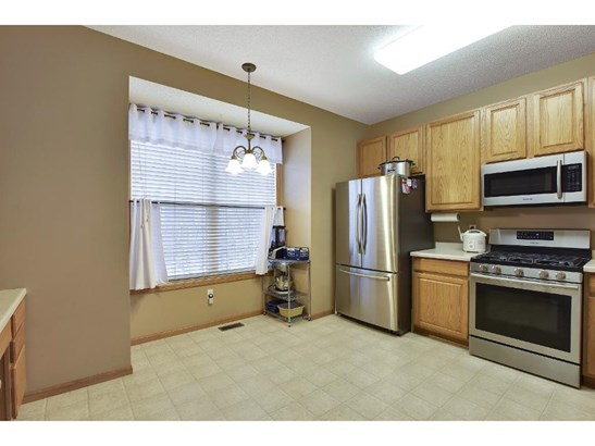 1759 Grove Drive, Shakopee, MN - USA (photo 3)