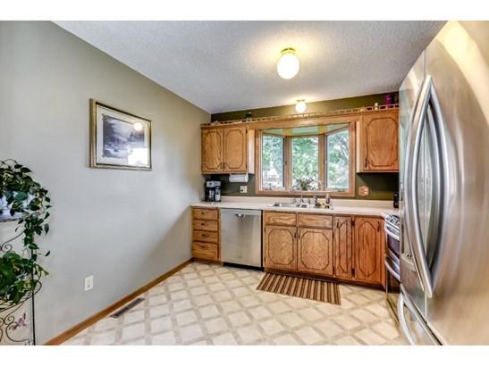 1240 Sapphire Lane, Shakopee, MN - USA (photo 5)