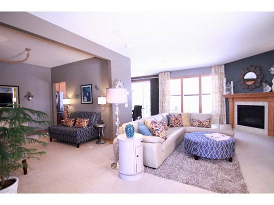 6635 Hadley Avenue S, Cottage Grove, MN - USA (photo 3)