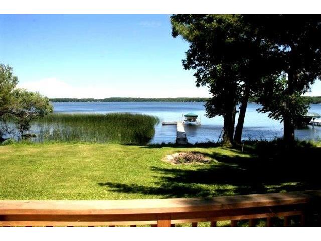 balsam lake singles Private lake cottage just one hour from twin cities welcome to turning leaf cottage near balsam lake, wi the property is located on long lake two miles fr.