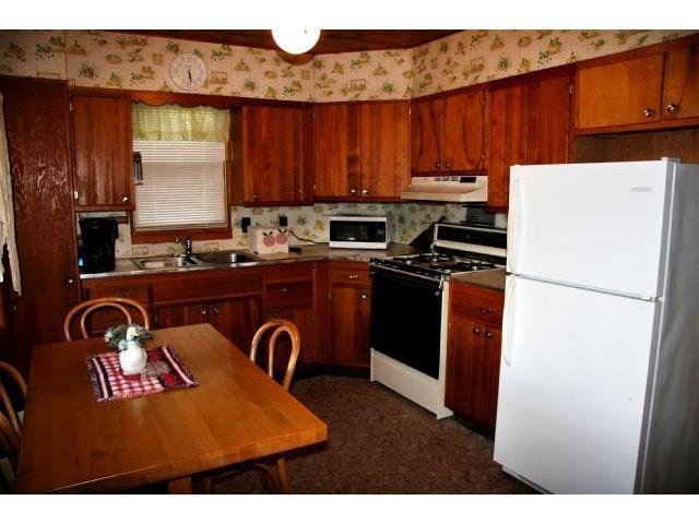 2116 70th Street, Balsam Lake, WI - USA (photo 4)