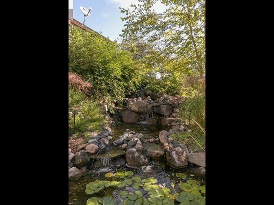 2419 Emerald Trail, Minnetonka, MN - USA (photo 5)