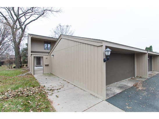 570 Woodhill Drive #67, Roseville, MN - USA (photo 1)