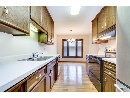 570 Woodhill Drive #67, Roseville, MN - USA (photo 5)