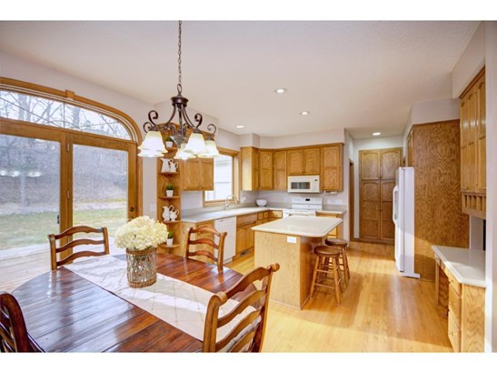 4291 Hawksbury Circle, Eagan, MN - USA (photo 2)