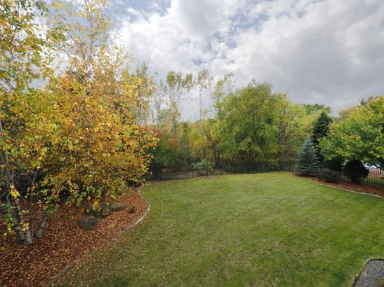 1688 Donegal Court, Eagan, MN - USA (photo 2)