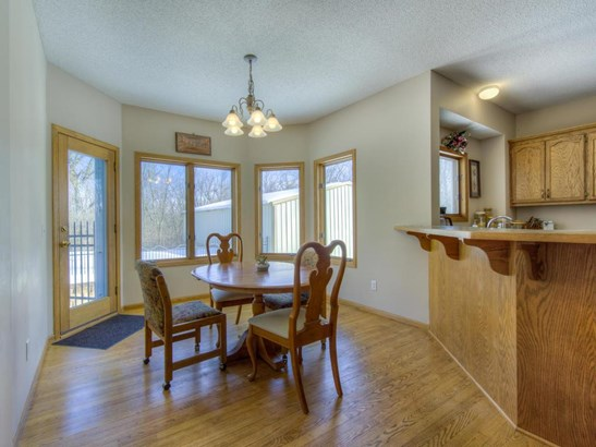 9577 Baker Court, Inver Grove Heights, MN - USA (photo 4)