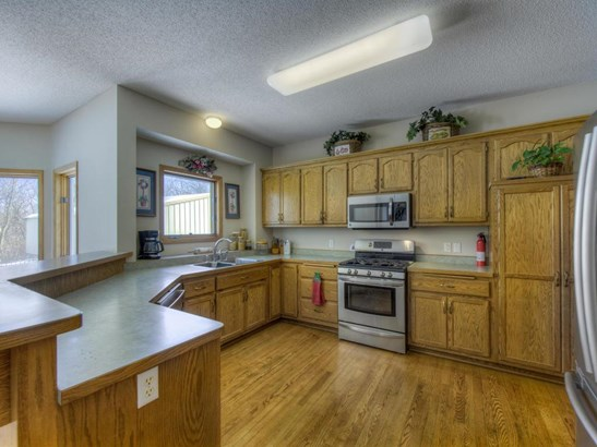 9577 Baker Court, Inver Grove Heights, MN - USA (photo 5)