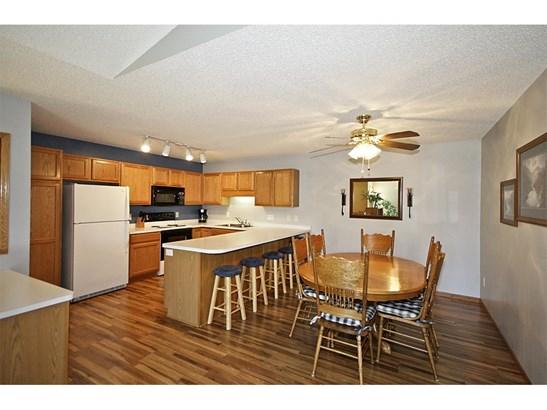 1071 Prairie View Drive Sw, Hutchinson, MN - USA (photo 3)