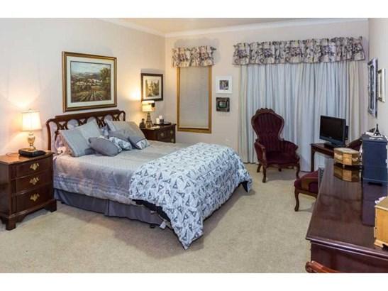 820 Vardon Court, Faribault, MN - USA (photo 5)