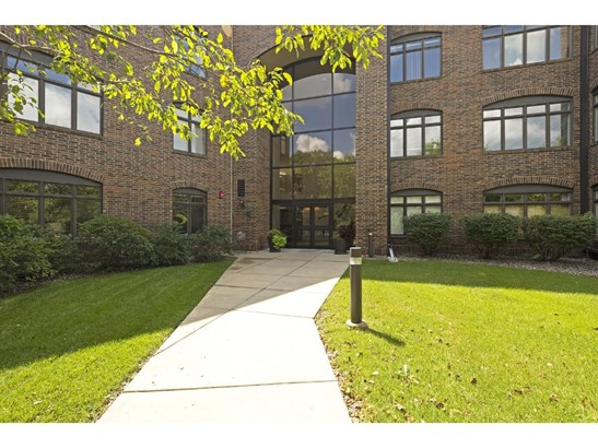 5555 Dewey Hill Road #308, Edina, MN - USA (photo 1)