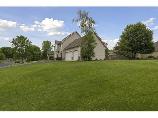 3630 Oak Creek Drive W, Vadnais Heights, MN - USA (photo 2)