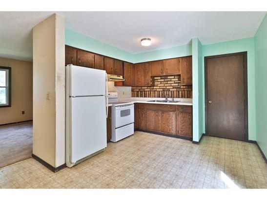 6883 6th Street N, Oakdale, MN - USA (photo 4)