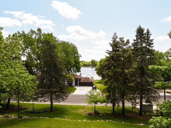 4926 Bartlett Boulevard, Mound, MN - USA (photo 3)