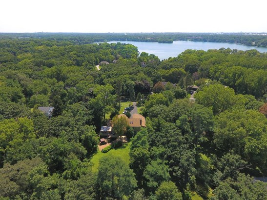 1567 Oak Avenue, Arden Hills, MN - USA (photo 2)