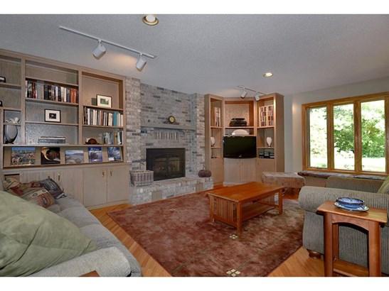 1567 Oak Avenue, Arden Hills, MN - USA (photo 4)