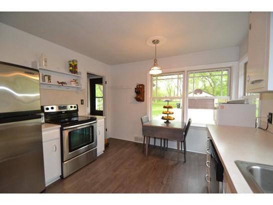 1367 Roselawn Avenue W, Roseville, MN - USA (photo 3)