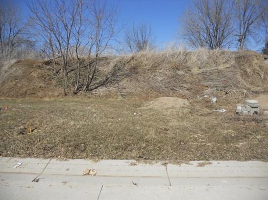 1392 Summit Drive, Winona, MN - USA (photo 1)