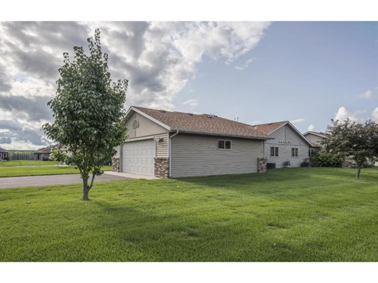 14822 Eagle Drive, Little Falls, MN - USA (photo 3)