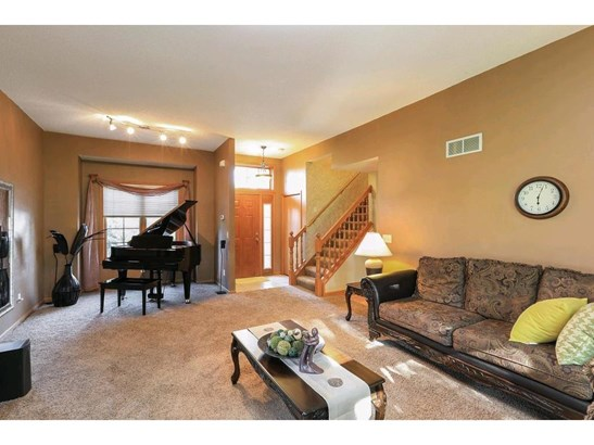 1908 Ridgecrest Circle, Eagan, MN - USA (photo 1)