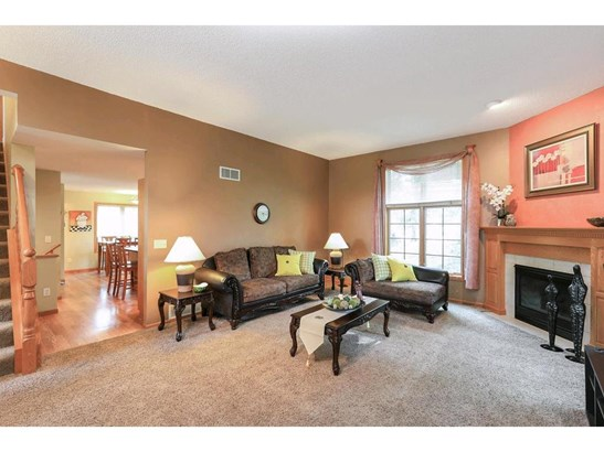 1908 Ridgecrest Circle, Eagan, MN - USA (photo 2)