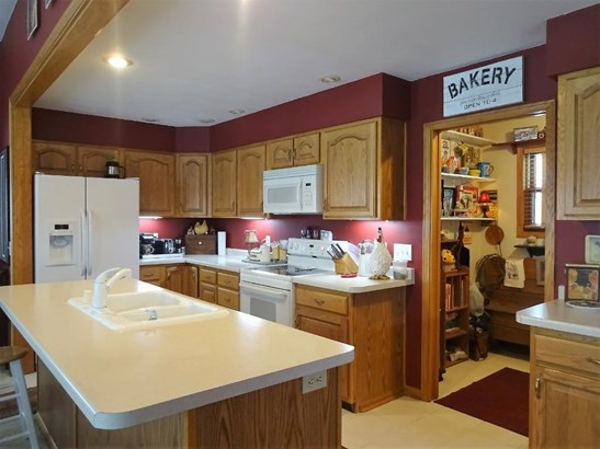 W8398 250th Avenue, Hager City, WI - USA (photo 4)