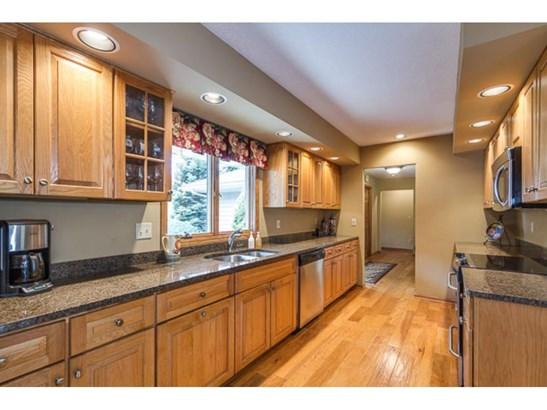 13511 Krestwood Drive, Burnsville, MN - USA (photo 4)