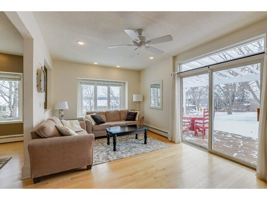 1121 Angelo Drive, Golden Valley, MN - USA (photo 5)